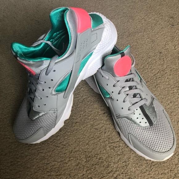 0a20ff7dcecb Nike Men s Air Huarache. M 5ba270dfaaa5b86e5ff517ef